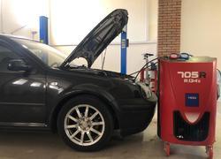 Заправка фреона в автомобиле